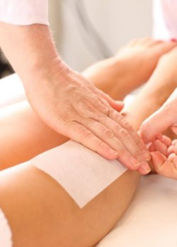 waxing-legs-treatment